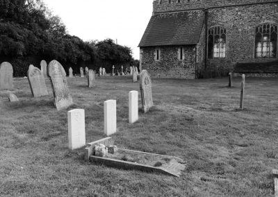 37-ww1-graves_winterton