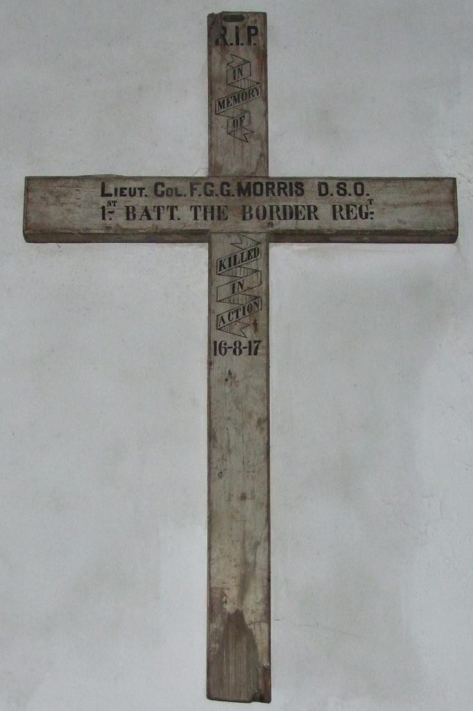 great-torrington-devon-st-michael-and-all-angels-wwi-cross-fgg-morris-dso