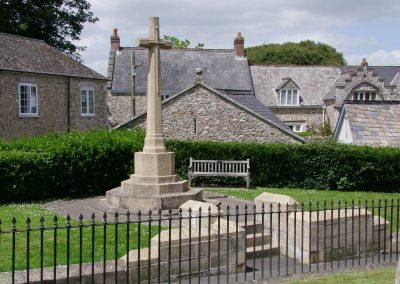 Colyton, Devon, Holy Cross, War Memorial