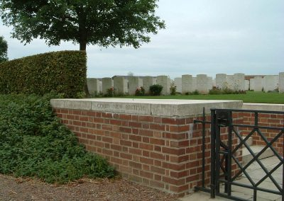 Gillingham_Couin New British Cemetery (long)