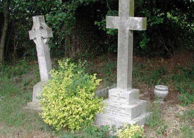 Llanwenllwyfo_Neave Thomas Headstone full